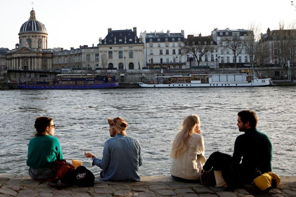 شگفتی اروپاییان از گرمای بی سابقه در یک هفته