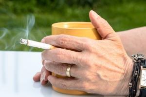 دود سیگار خطر پرفشاری خون را در نوجوانان افزایش میدهد