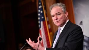 سناتور دموکرات حمله آمریکا به سوریه را غیرقانونی دانست