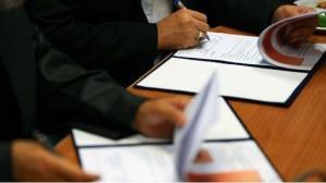 امضای تفاهمنامه همکاری اکتشاف معدن بین دانشگاه و شرکت مس دامغان