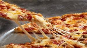 رازهای خوشمزه شدن پیتزا کشدار و نرم شدن خمیر