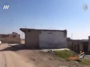 اولین حضور پدر و مادر شهید مدافع حرم در محل شهادت فرزندشان در سوریه