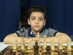 آنچه در ذهن کوچکترین قهرمان ایرانی شطرنج جهان میگذرد