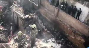 تصاویر آتش سوزی انبار پنبه در خیابان مولوی تهران