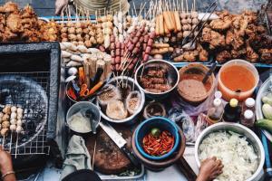 غذاهای خیابانی عجیب و غریب در آ�ریقا