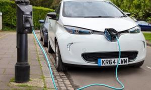خودروهای برقی در آلمان پس از فروش چشمگیر کمیاب شد