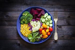 در این ساعتها غذا بخورید تا کاهش وزن را تجربه کنید