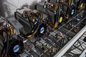 کشف ۶۰ دستگاه ماینر استخراج بیتکوین در اردبیل