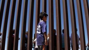 سیل ورود کودکان مهاجر در مرز جنوبی آمریکا