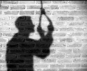 جوان اصفهانی به علت حلق آویز شدن جان باخت