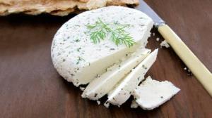 طرز تهیه خوشمزه ترین پنیر خانگی با آبلیمو به سادهترین روش