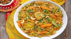 پلو بریانی هندی غذای لذیذ و خوشمزه بدون گوشت