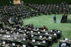 قاضی زاده هاشمی: مجلس امروز در شیفت سوم جلسه ندارد