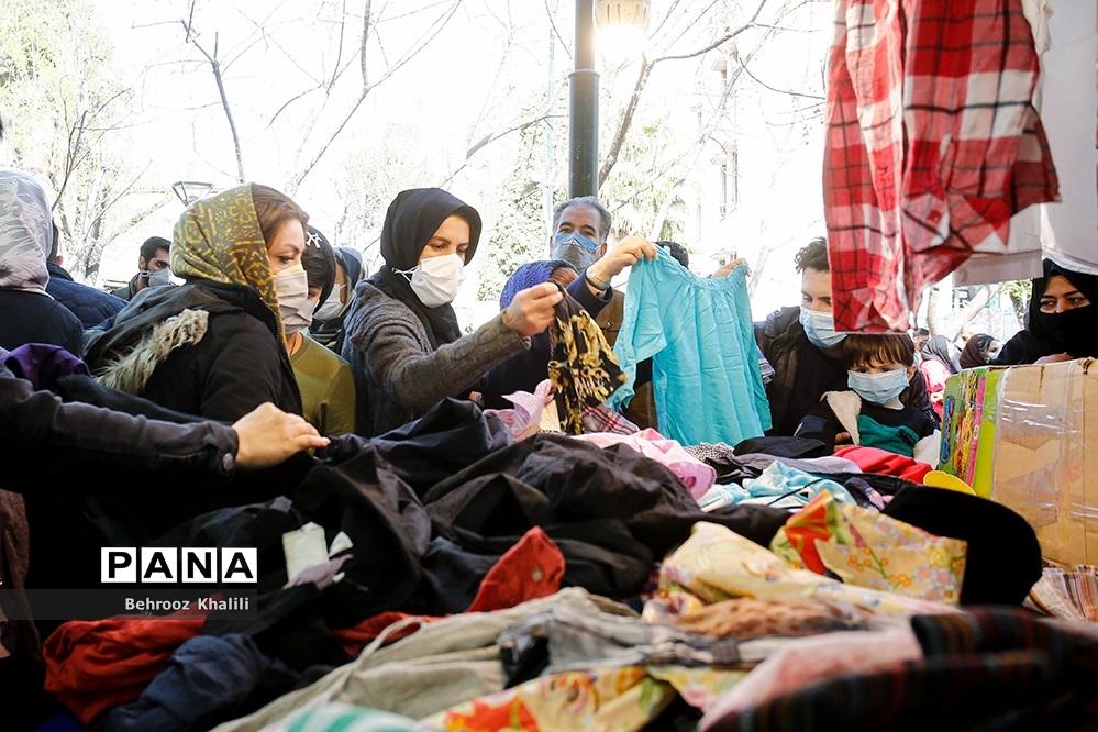 عکس/ خرید کرونا از بازار شب عید