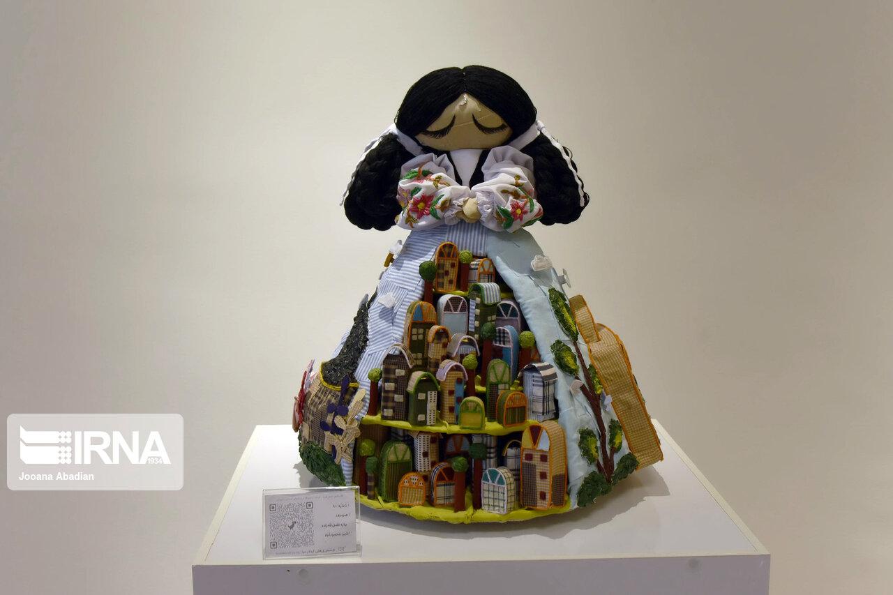 نمایشگاه عروسک های افسانه های ایرانی