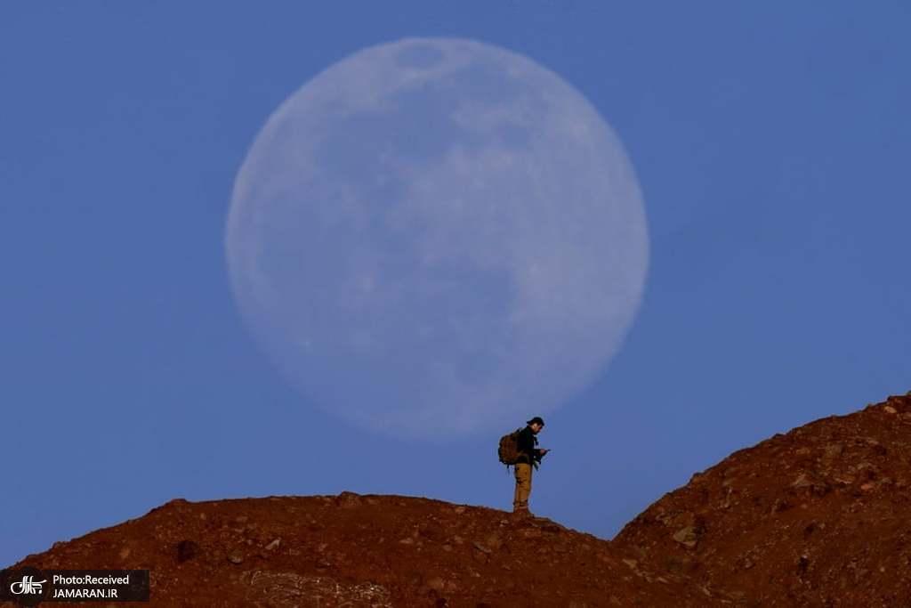 شکار ماه کامل
