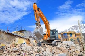 خدماترسانی به مردم زلزله زده سیسخت نیازمند حمایت وزارتخانهها است