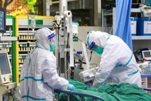 هر ۲۷ دقیقه یک بیمار مشکوک به کرونا در کرمانشاه بستری میشود