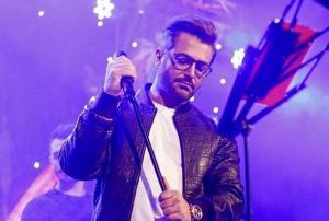 اجرایی ببینید از آهنگ «میشه برگردی» با صدای محمدرضا گلزار