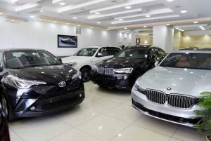 کاهش قیمت خودرو در اهواز؛ رکود بازار شب عید