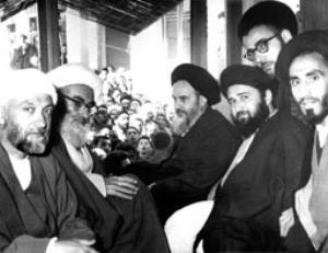 ماجرای سفارش امام خمینی به فرزندش درباره طلبه ها