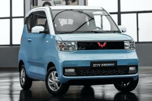 نمایشی از خودروی الکتریکی کوچک و اقتصادی چینی