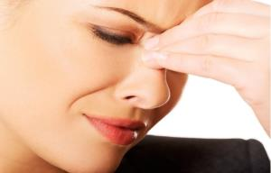 تفاوت انحراف بینی و پلیپ