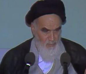 امام خمینی(ره): آمریکا نفعی به شما نمی رساند