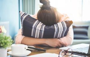 اختلالات هورمونی در میانسالی
