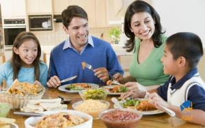 چرا صرف غذا در جمع خانواده، از اهمیت بالایی برخوردار است؟