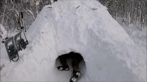 نحوه ساخت پناهگاه برفی در طبیعت