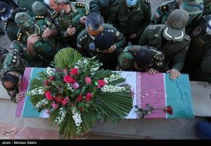 تشییع باشکوه پیکر شهدای مدافع وطن در ایلام