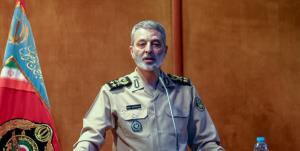 ماموریت فرمانده به دانشآموختگان دافوس ارتش