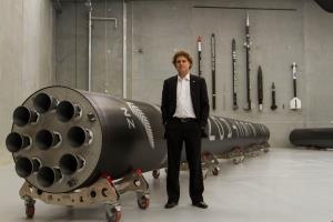 «راکت لب» از راکت چندبارمصرف «نوترون» با توانایی حمل ۸ تن تا مدار رونمایی کرد