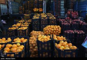 نخستین محموله میوه شب عید وارد کرمانشاه شد؛ قیمت کمتر از بازار است