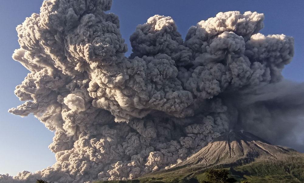 عکس/ فوران آتشفشان سینابونگ اندونزی