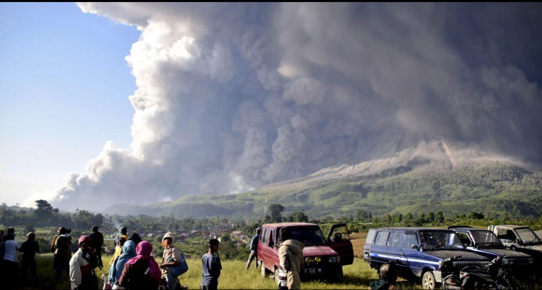 فوران آتشفشان «مونت سینابونگ» در اندونزی