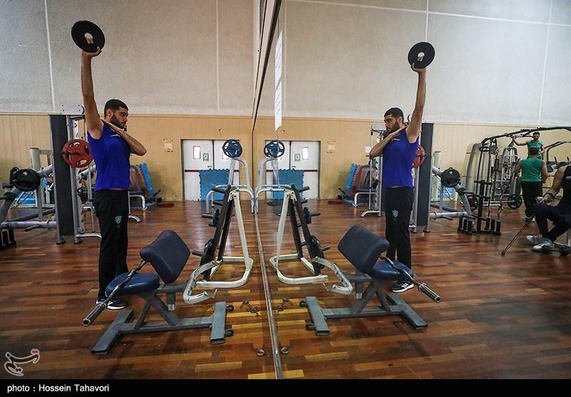 اردوی تیم ملی والیبال نشسته در کیش