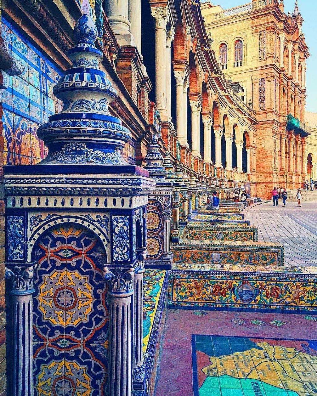 معماری زیبای ایرانی در قلب اسپانیا