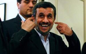 علاقه احمدی نژاد به عکس یادگاری