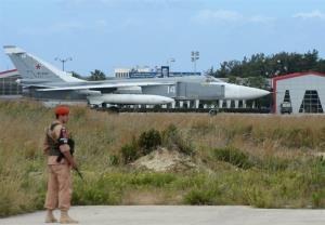 رزمایش مشترک خلبانان و ملوانان روسی مستقر در سوریه