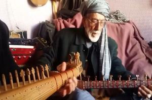 دوتارنوازی استاد گدامحمد هروی، هنرمند مشهور هراتی