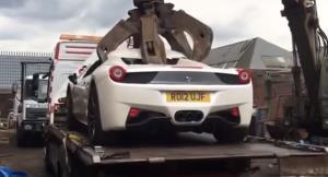 شکایت متهم اماراتی از پلیس انگلستان به دلیل اوراق کردن فراری 458 اسپایدر