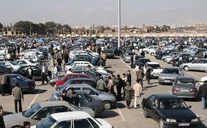 بازار خودرو همچنان پر نوسان