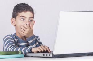 هشدار درباره عواقب وخیم اخلاقی فضای مجازی بر کودکان