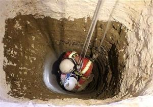 نجات مرد ۴۰ ساله از عمق چاه