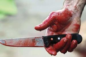 پسر جوانی که با کارد میوهخوری دوستش را کُشت