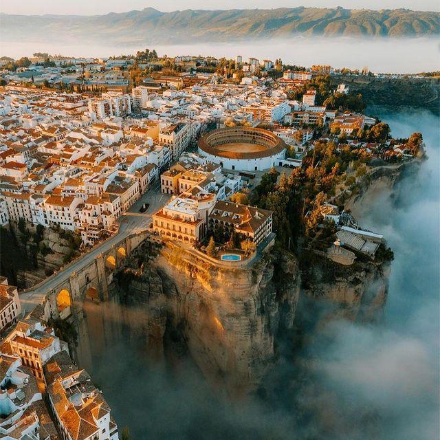 تصاویر هوایی از شهر باستانی اسپانیا