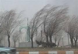 تندباد شدید استان مرکزی را در مینوردد
