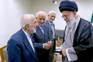 پیام رهبر انقلاب درپی درگذشت یکی از بازاریان متدین و معتمد امام